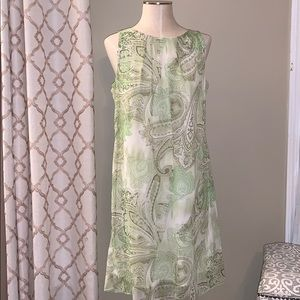 Robbie Bee Green and White Sleeveless Dress